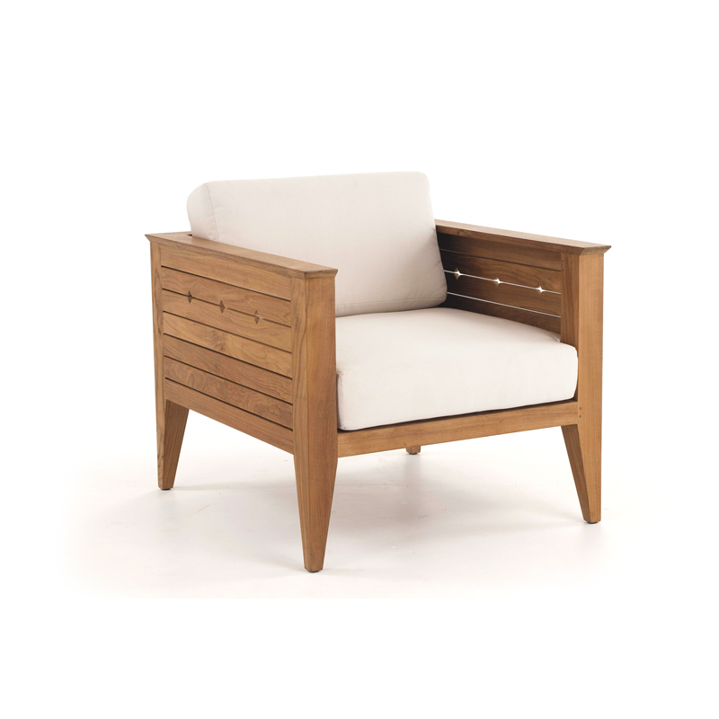 Craftsman teak deep seating outdoor lounge chair for Teak outdoor furniture