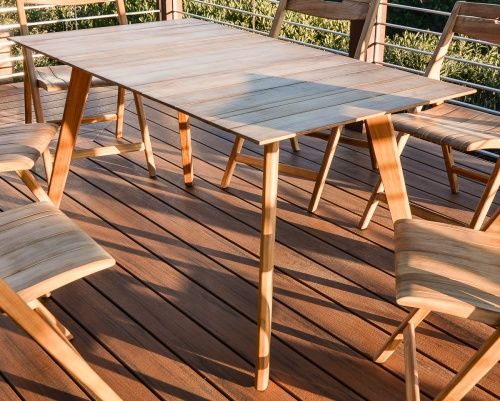 teak beachtable