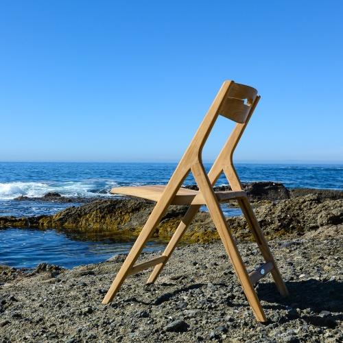 solid teak wood foldable relaxing garden chair