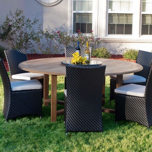 Buckingham Round Wicker Outdoor Patio Set