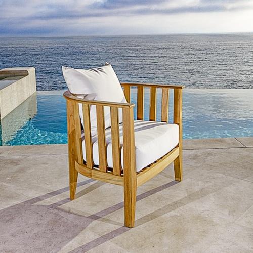 deep seating teak club chair