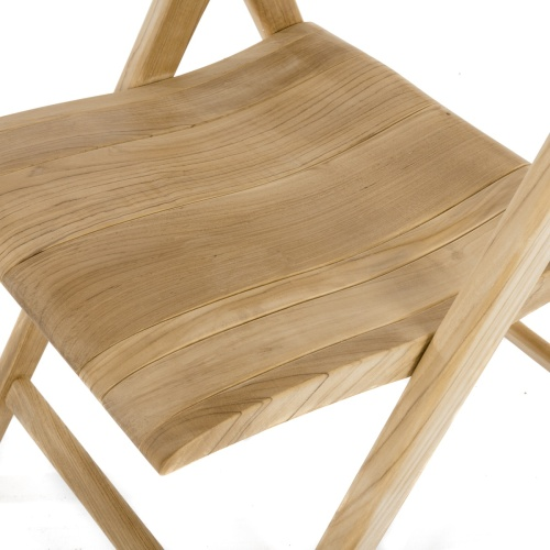 contured folding teakwood chair