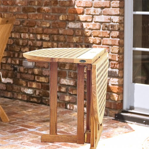 Chequer Folding Table - Picture A