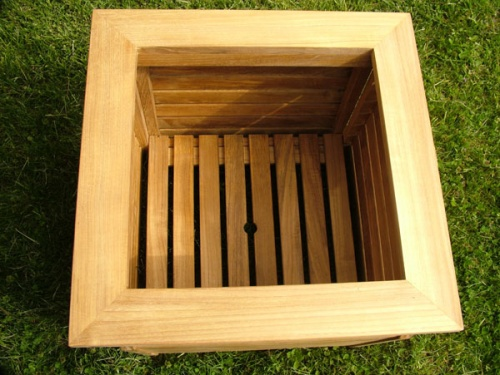 20x20 Westminster Planter - Picture D