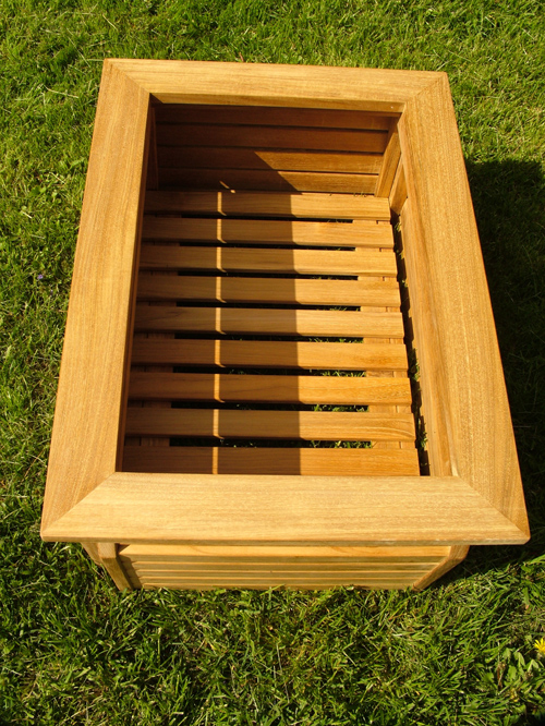Westminster Rectangular Planter 20x28 - Picture C