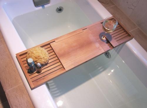 teak bathtub