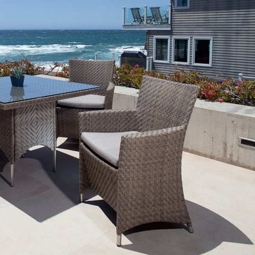 aluminum outdoor furniture
