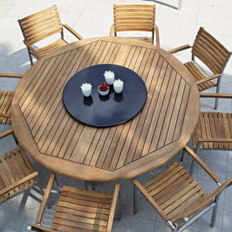 9 pc Round Vogue Dining Set