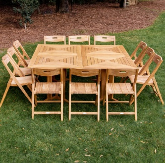 Surf Pyramid Dining Set for 12