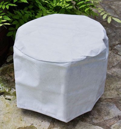 Grand Hyatt Round Table Cover - Picture A
