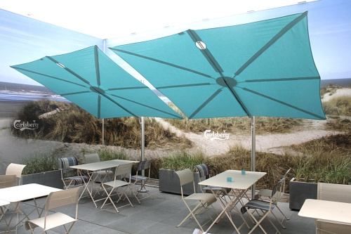 Cantilevered Umbrella - standalone - Picture C