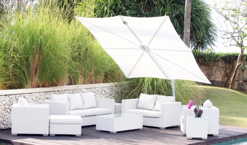 Cantilevered Umbrella - standalone - Picture J