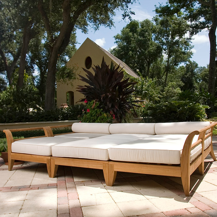 Teak deep seating daybed westminster teak outdoor furniture for Outdoor pool bed